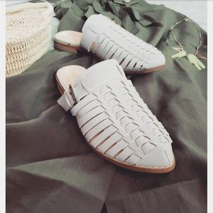 Shoes - 🆕️//The Denver// grey buckle mule flat